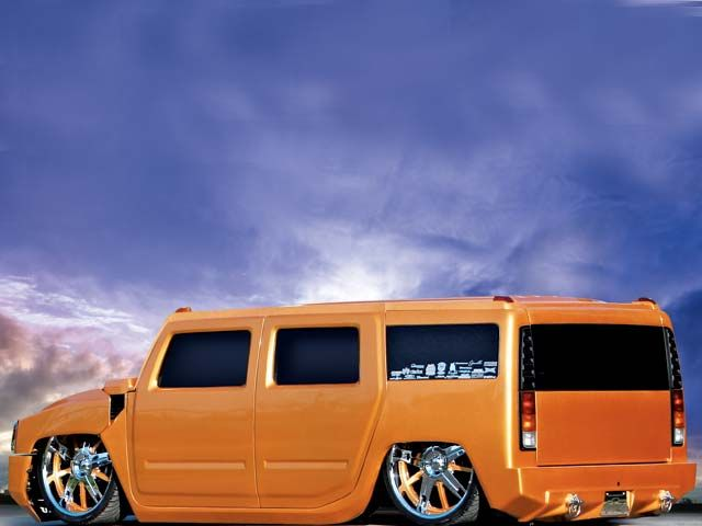 Click image for larger version  Name:0613tr_03_z+custom_2004_hummer_h2+drivers_side_view.jpg Views:80 Size:32.6 KB ID:31670