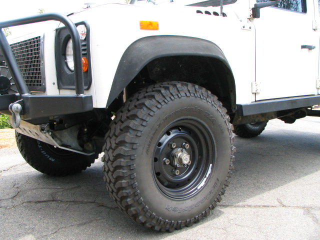 Click image for larger version  Name:070609_tires_255-85 010.jpg Views:124 Size:116.7 KB ID:9599