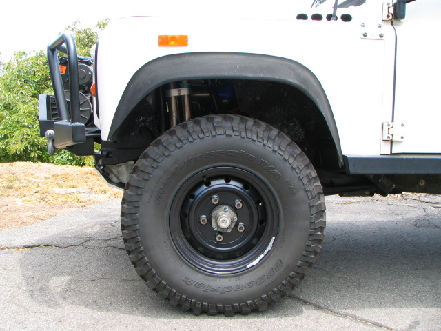 Click image for larger version  Name:070609_tires_255-85 011.jpg Views:124 Size:118.9 KB ID:9600