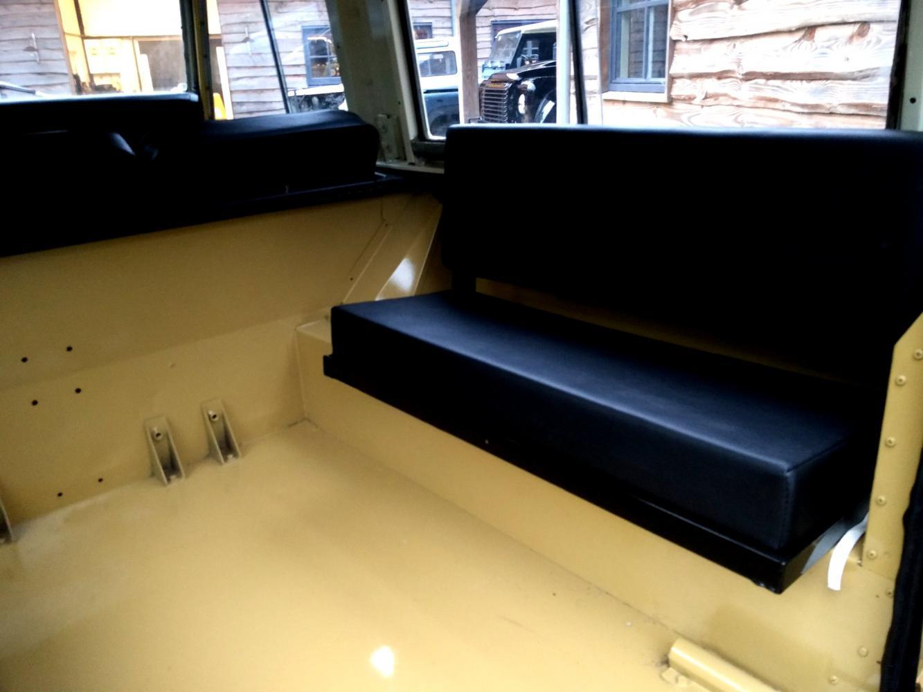 Click image for larger version  Name:1978 LR LHD Santana 88 Hardtop A Mustard Yellow loadfloor bench seat right.jpg Views:144 Size:90.6 KB ID:289945