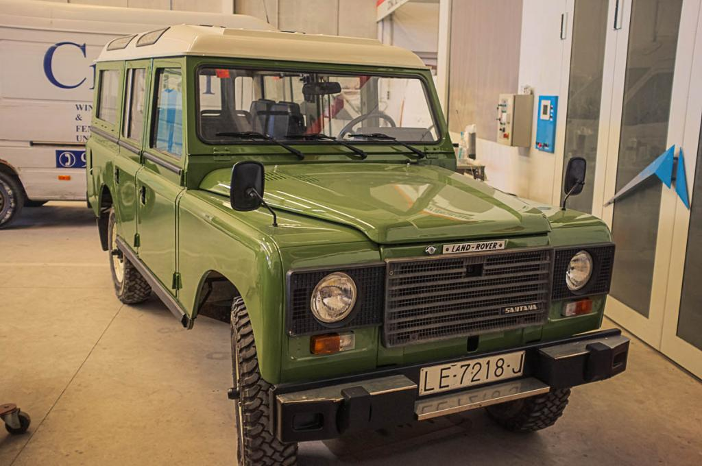 Click image for larger version  Name:1983 Land Rover Series III 109 Turbo (3).jpg Views:224 Size:93.5 KB ID:140954