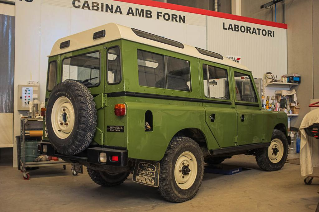 Click image for larger version  Name:1983 Land Rover Series III 109 Turbo.jpg Views:194 Size:92.8 KB ID:140955