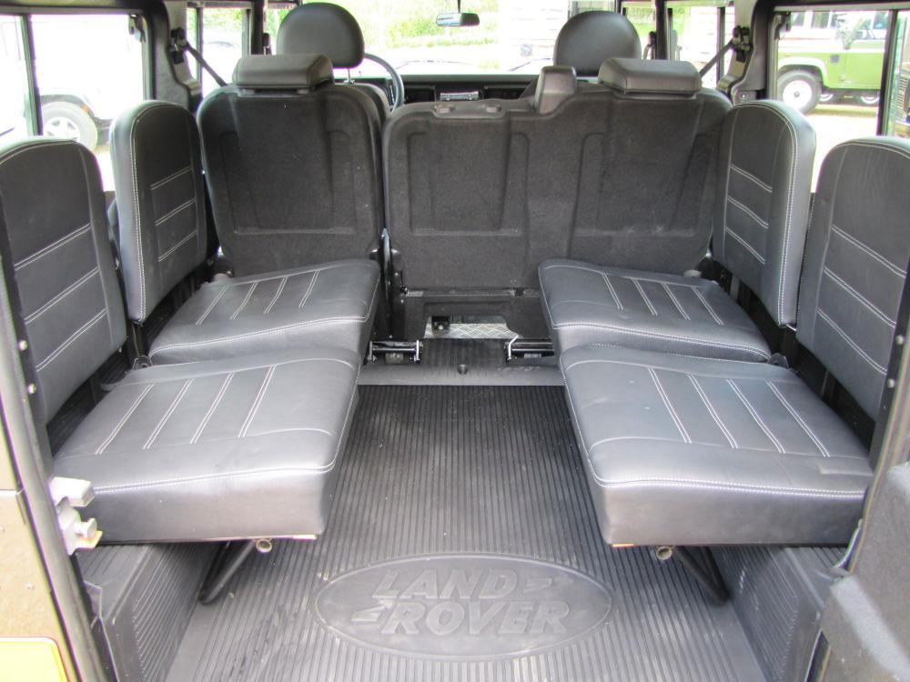 Click image for larger version  Name:1984 Defender 110 SW Fr Tdi Bonatti ready 4 jump SE seats.jpg Views:529 Size:93.6 KB ID:50766