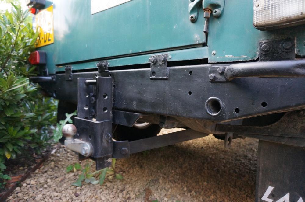 Click image for larger version  Name:1984 Land Rover Defender 110 LHD Trident Green Split door rear crossmember.jpg Views:174 Size:86.7 KB ID:96813