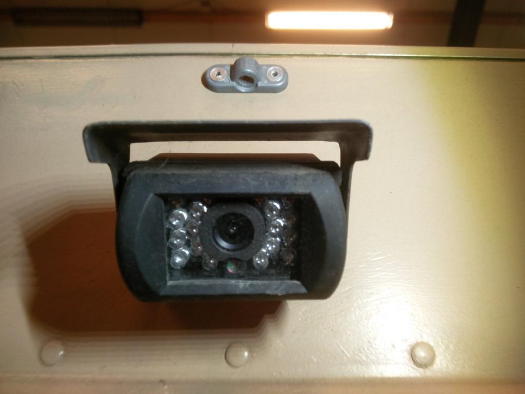 Click image for larger version  Name:1984 LR LHD Defender 110 3.5V8 Camper rear view camera.jpg Views:127 Size:54.3 KB ID:187434