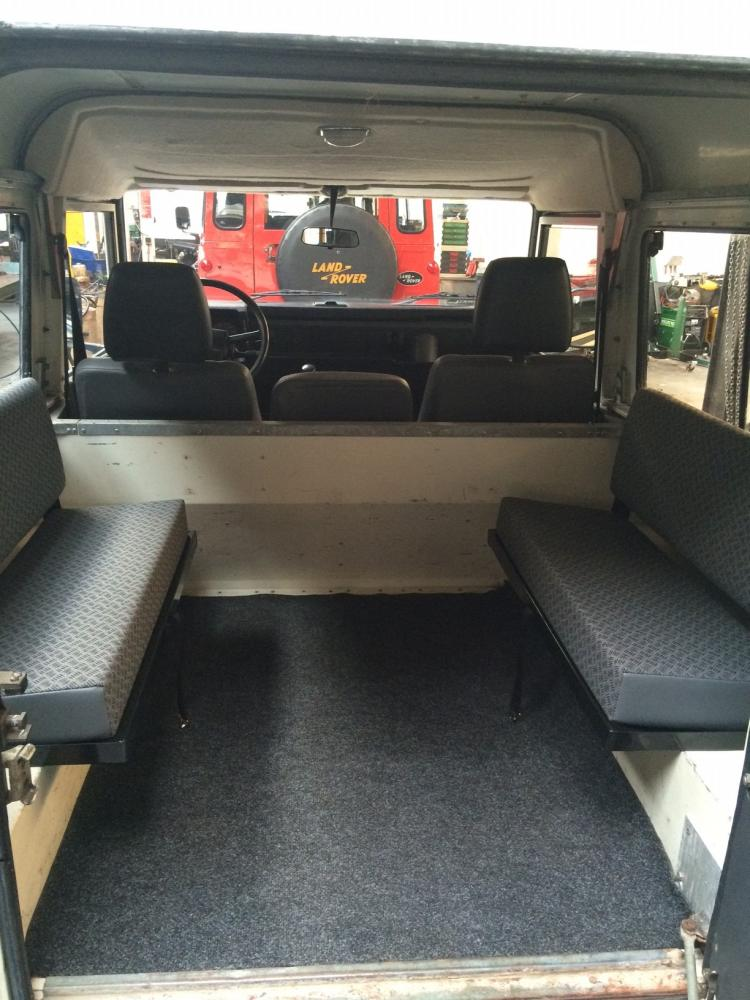Click image for larger version  Name:1985 90 white rear seats.jpg Views:264 Size:98.5 KB ID:114623