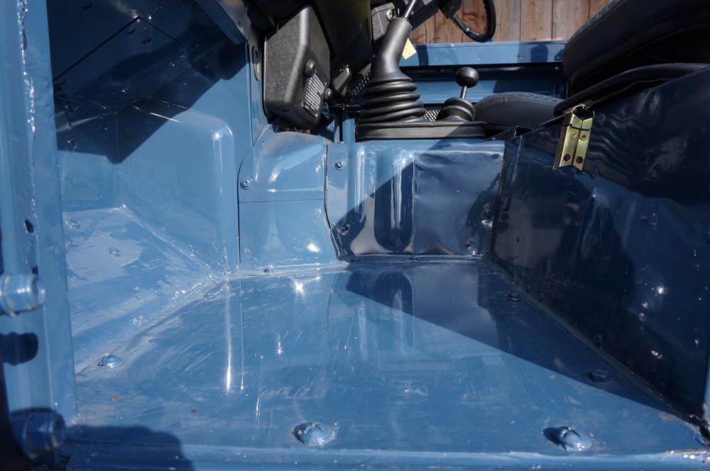 Click image for larger version  Name:1985 Defender 90 RHD 2.5 D Arles Blue building day 6  floor pan.jpg Views:350 Size:67.4 KB ID:90584