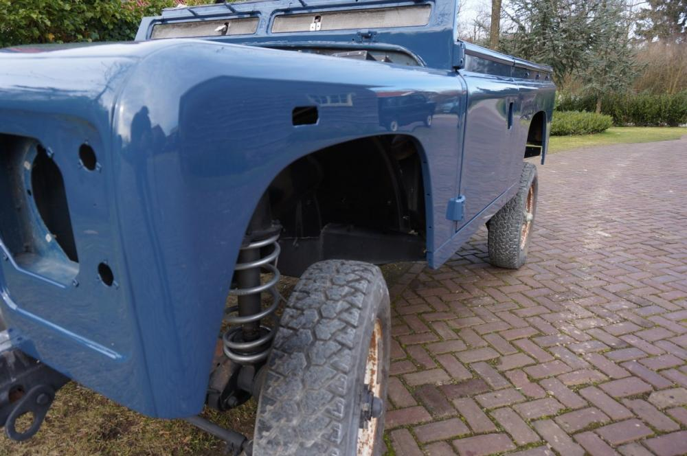 Click image for larger version  Name:1985 Defender 90 RHD 2.5 D Arles Blue painted day 1 front to rear left.jpg Views:285 Size:94.0 KB ID:90596