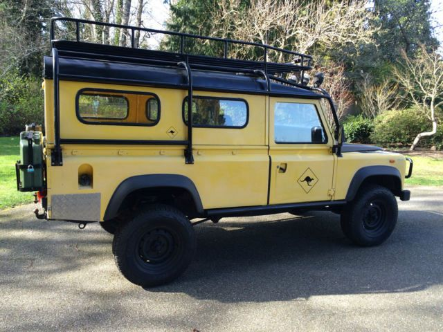Click image for larger version  Name:1985-land-rover-defender-110-wagon-with-safari-cage-7.jpg Views:52 Size:71.0 KB ID:138757