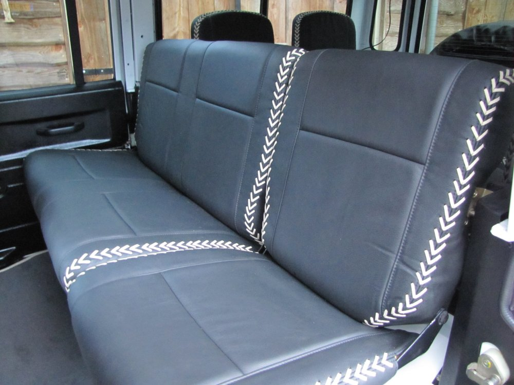 Click image for larger version  Name:1985 Landrover 110 Station 200 tdi building day 17 Fuji White trim 2nd row.jpg Views:281 Size:113.3 KB ID:66135