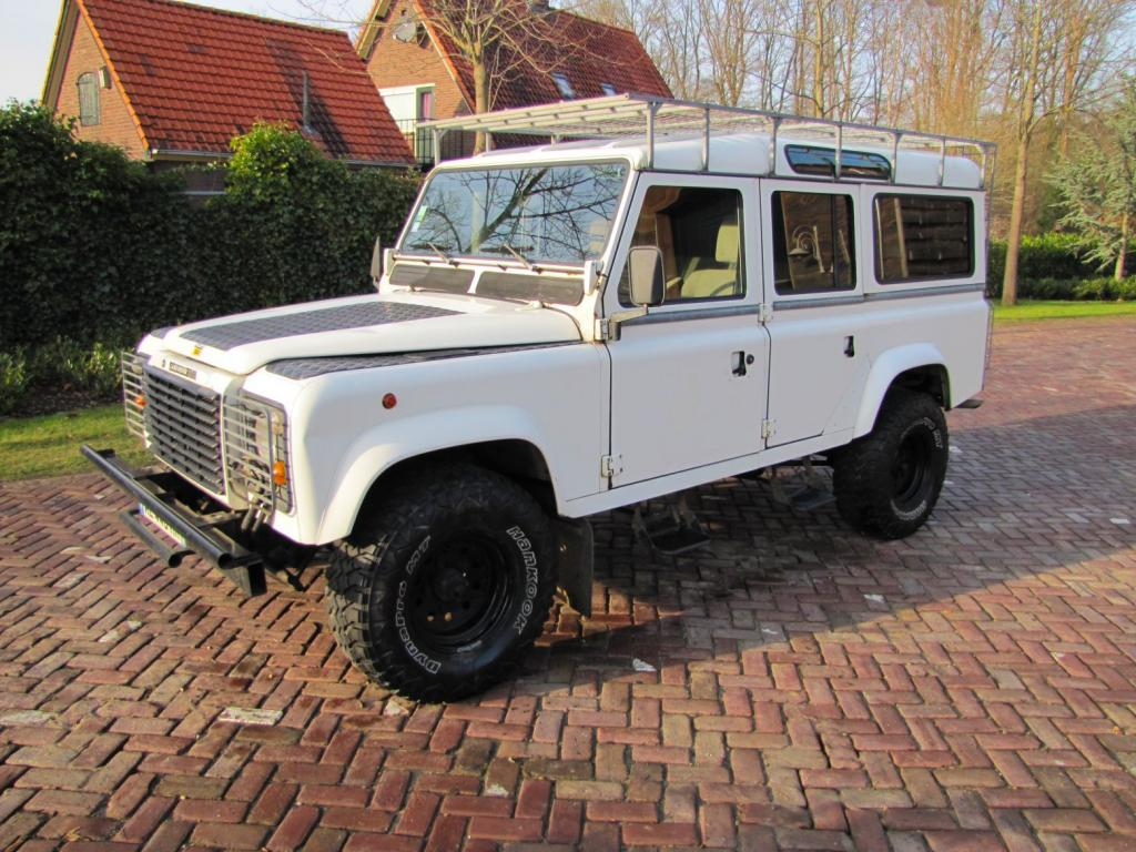 Click image for larger version  Name:1985 Landrover 110 Tdi ex-Saudie White left front.jpg Views:497 Size:143.6 KB ID:36326