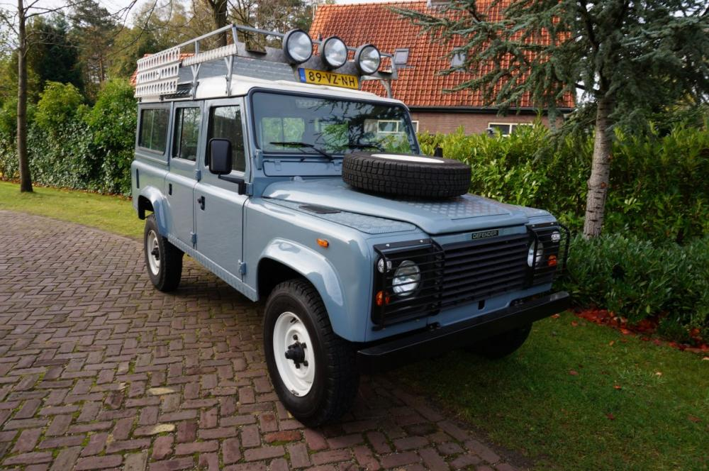 Click image for larger version  Name:1986 Defender 110 V8 Grey ready right front.jpg Views:114 Size:132.6 KB ID:84171