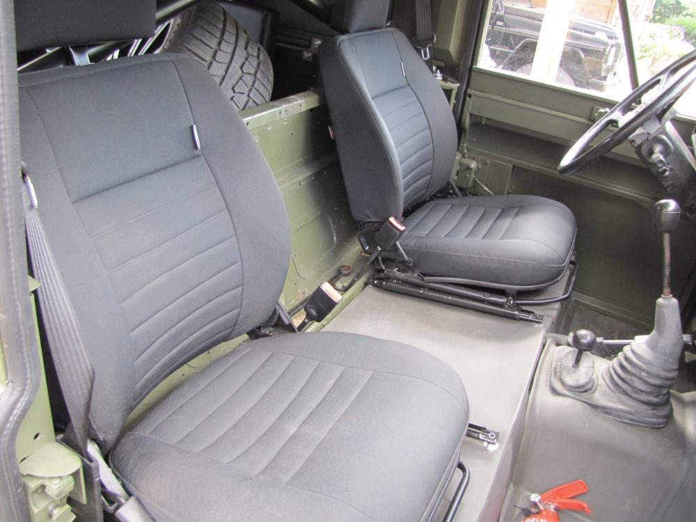 Click image for larger version  Name:1986 Landrover 110 hardtop MOD rebuild 2 front seats.jpg Views:1006 Size:85.7 KB ID:55658