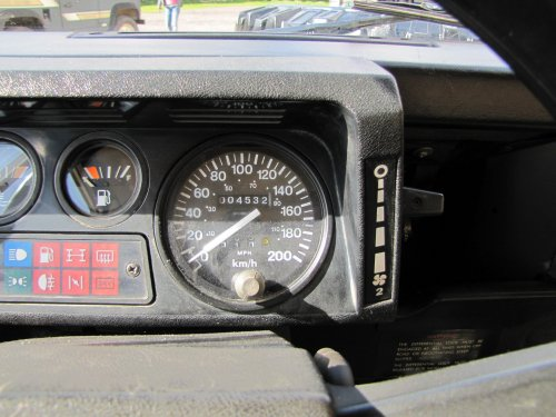 Click image for larger version  Name:1986 Landrover 90 LHD Ivory Black 2.5 diesel speedo sml.jpg Views:445 Size:41.8 KB ID:38004