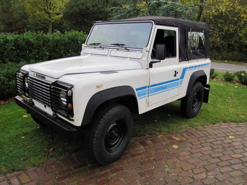 Click image for larger version  Name:1986 Landrover 90 LHD White Soft top 2.5 D B left front.jpg Views:313 Size:120.1 KB ID:60367