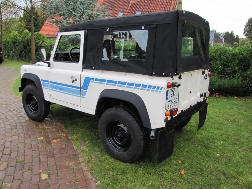 Click image for larger version  Name:1986 Landrover 90 LHD White Soft top 2.5 D B left rear.jpg Views:305 Size:127.4 KB ID:60369