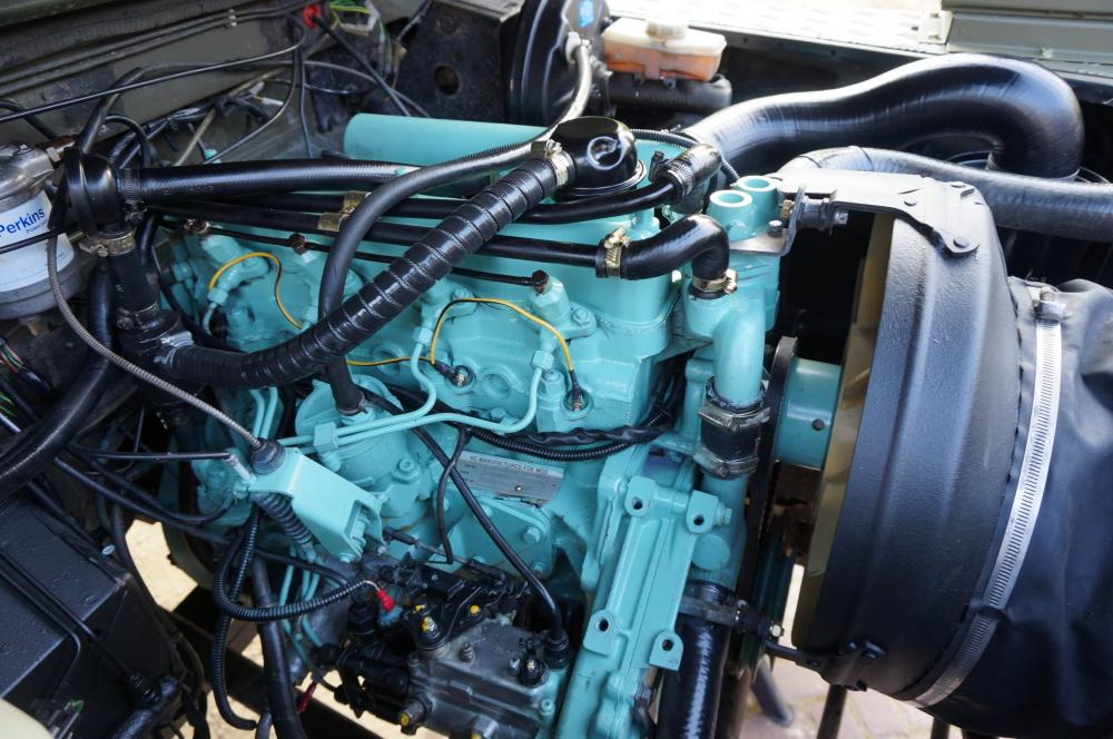 Click image for larger version  Name:1986 LHD 110 Tithonus Hardtop 6 A engine right.jpg Views:249 Size:111.3 KB ID:103094