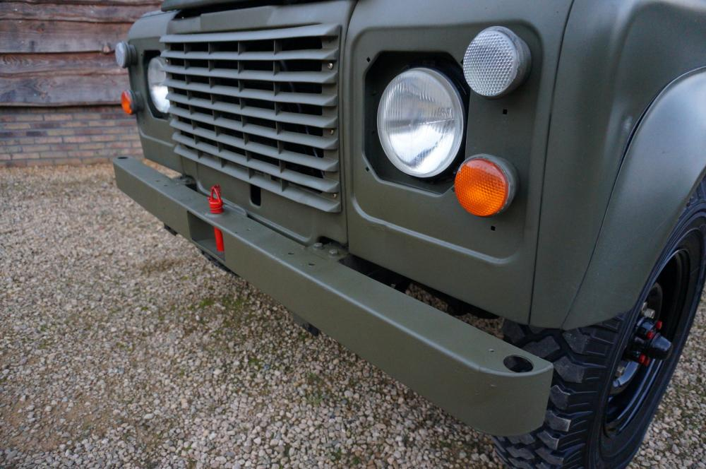 Click image for larger version  Name:1986 LHD 110 Tithonus Hardtop 6 A grill close.jpg Views:319 Size:99.9 KB ID:102103