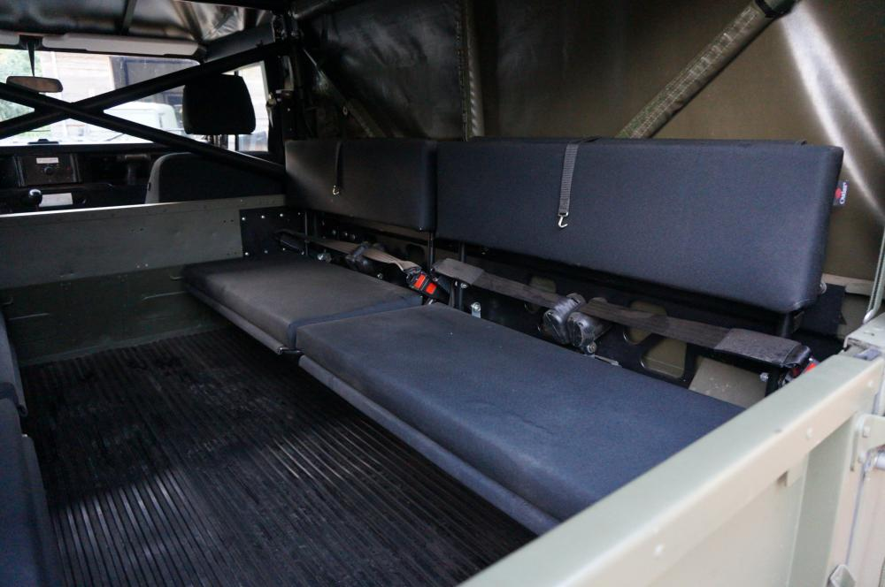 Click image for larger version  Name:1986 LHD 110 Tithonus SOFT TOP 9 cargo floor 8 seater A.jpg Views:354 Size:69.6 KB ID:102091