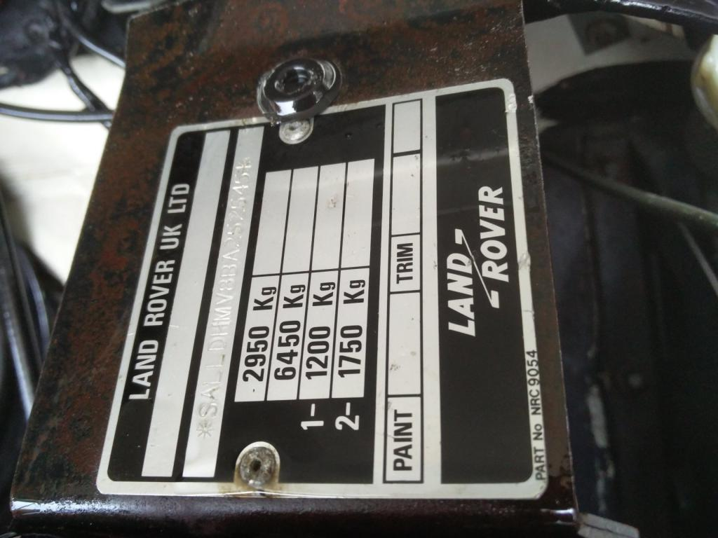 Click image for larger version  Name:1986 LR LHD Def 110 3.5 V8 White VIN plate.jpg Views:179 Size:83.7 KB ID:193393