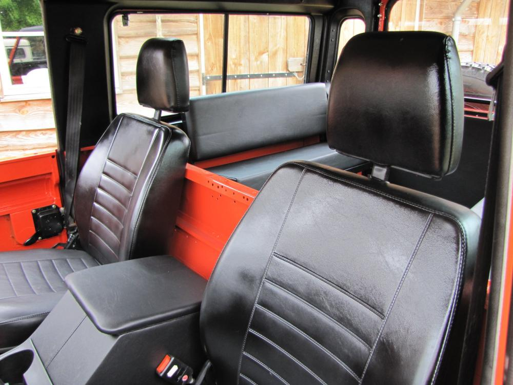 Click image for larger version  Name:1987 Landrover Defender 90 G 4 Orange ready seats.jpg Views:414 Size:98.9 KB ID:53151