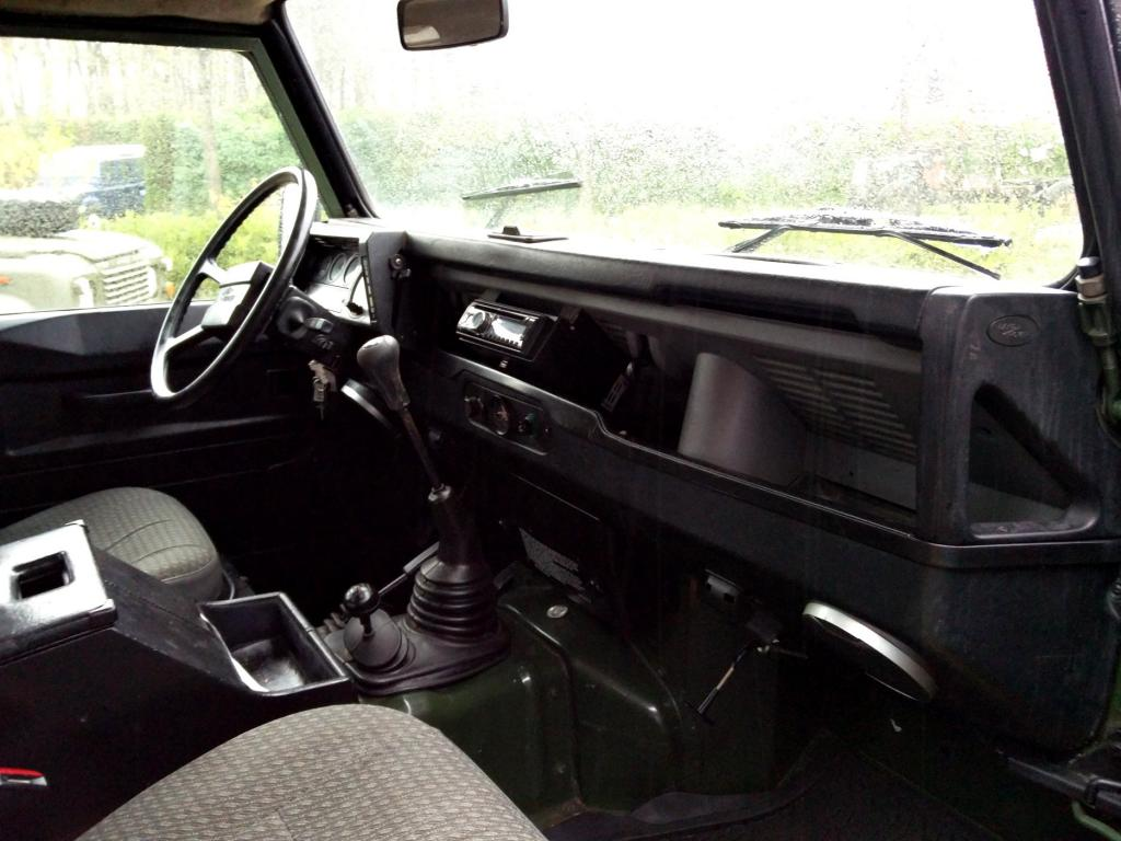 Click image for larger version  Name:1987 LR LHD 110 2.5 Green Td 5 dr dash and trim.jpg Views:195 Size:90.9 KB ID:142984