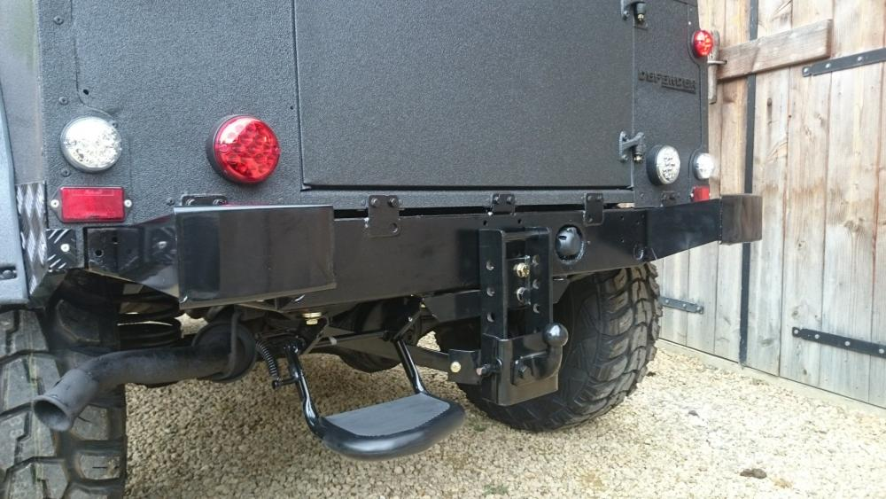 Click image for larger version  Name:1987 LR LHD 90 2.5 NA Diesel Line X A rear crossmember close.jpg Views:401 Size:95.9 KB ID:123409