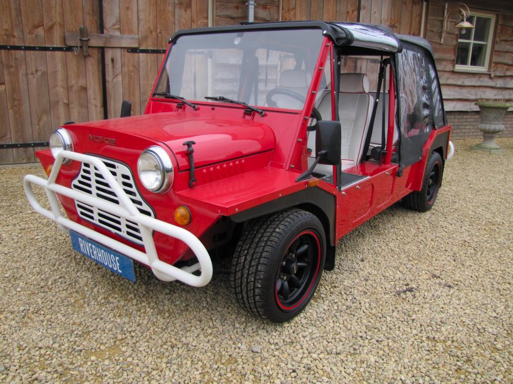 Click image for larger version  Name:1988 Red Black Mini Moke Port. left front.jpg Views:637 Size:150.8 KB ID:50553