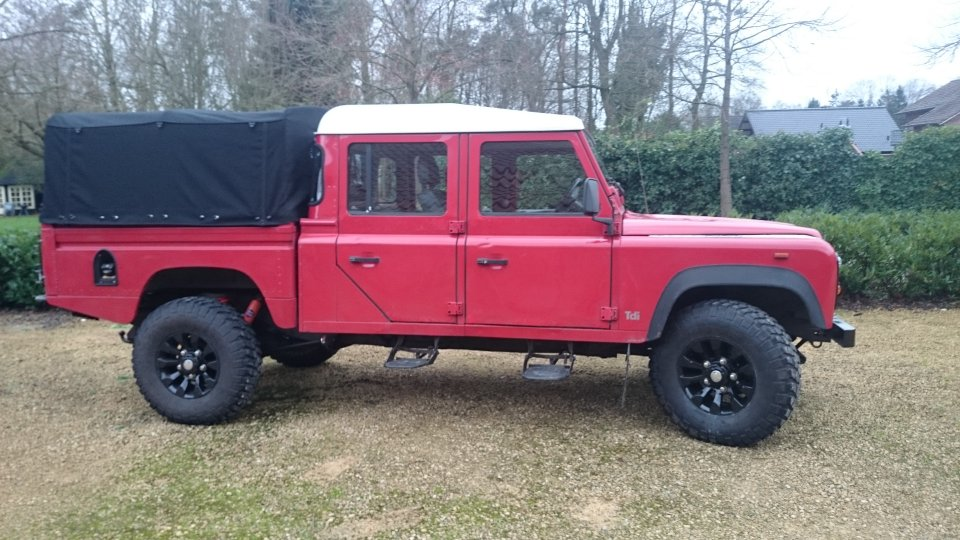 Click image for larger version  Name:1992 LR LHD 130 Double Cab 200 tdi right side.jpg Views:89 Size:127.8 KB ID:112667
