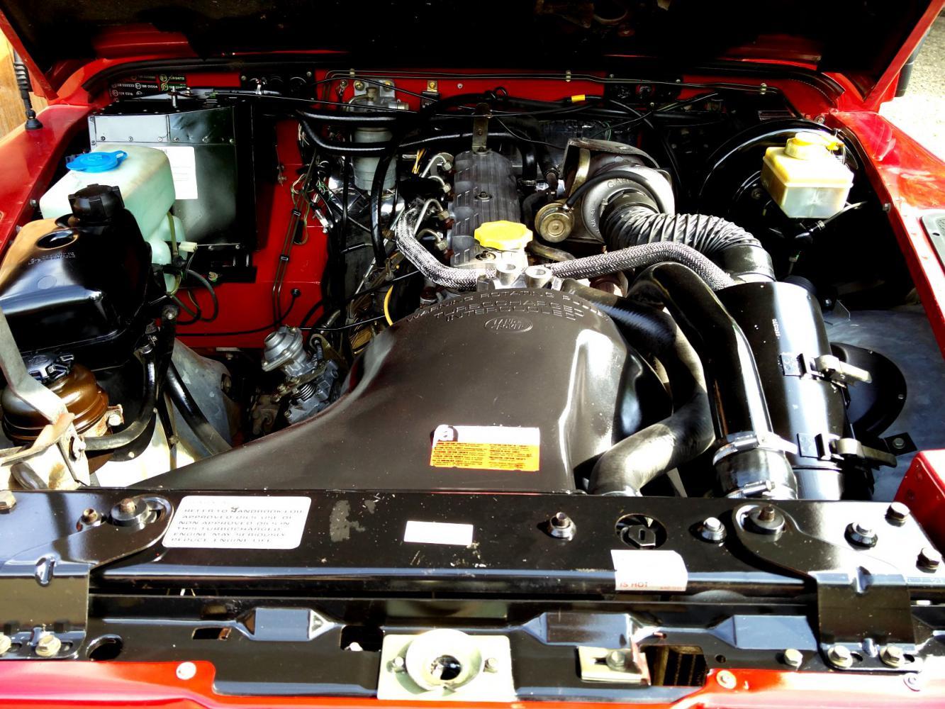 Click image for larger version  Name:1992 LR LHD Defender 90 Red 200 Tdi engine bay.jpg Views:166 Size:210.1 KB ID:263738