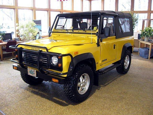 Click image for larger version  Name:1994-Land-Rover-Defender-90.jpg Views:230 Size:90.9 KB ID:104747