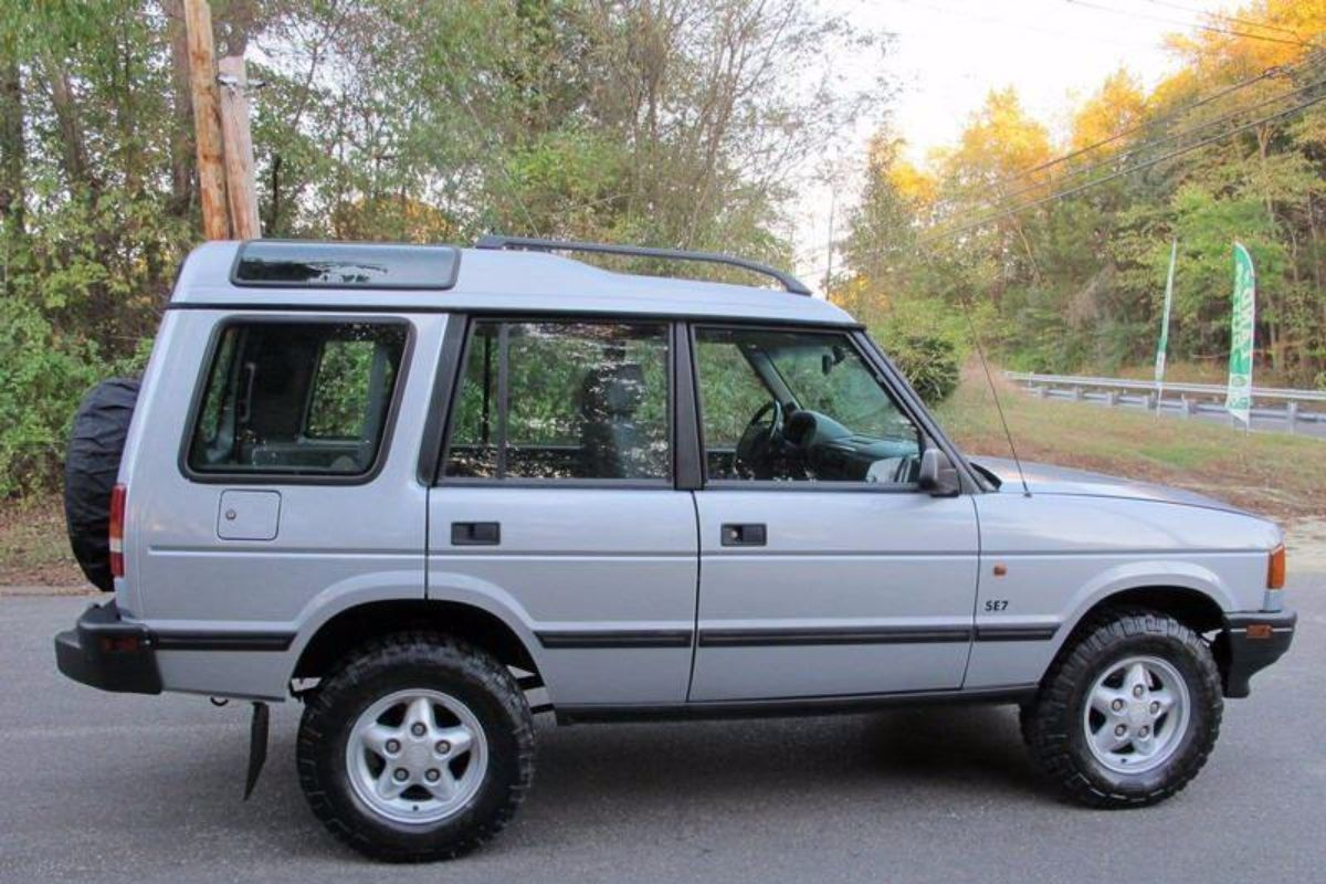 Click image for larger version  Name:1996 land rover discovery manual for sale second daily (13).jpg Views:115 Size:157.1 KB ID:340313