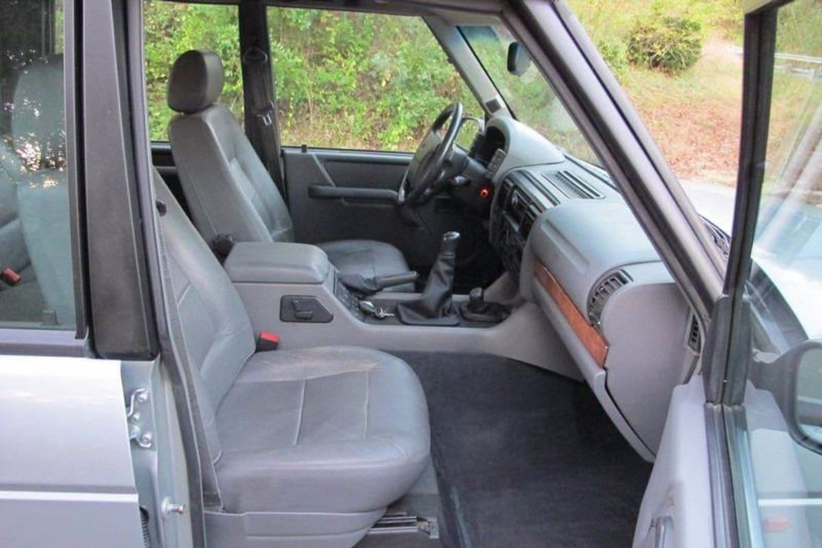 Click image for larger version  Name:1996 land rover discovery manual for sale second daily (26).jpg Views:66 Size:116.6 KB ID:340305