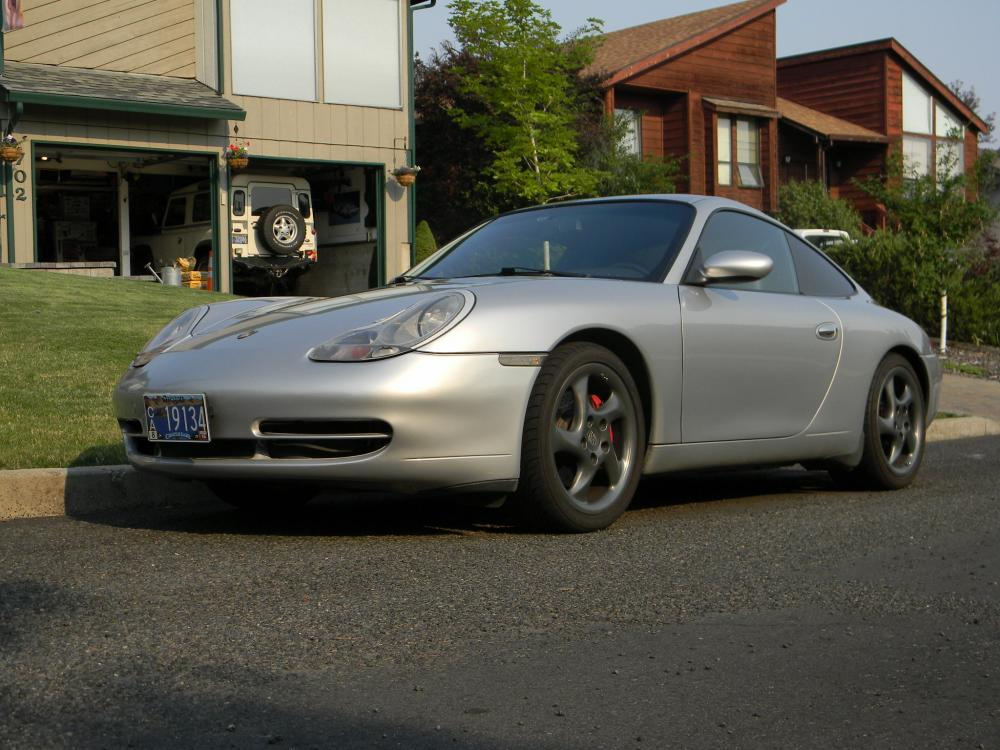 Click image for larger version  Name:1999 Porsche 996 Coupe 029.jpg Views:197 Size:112.5 KB ID:100478