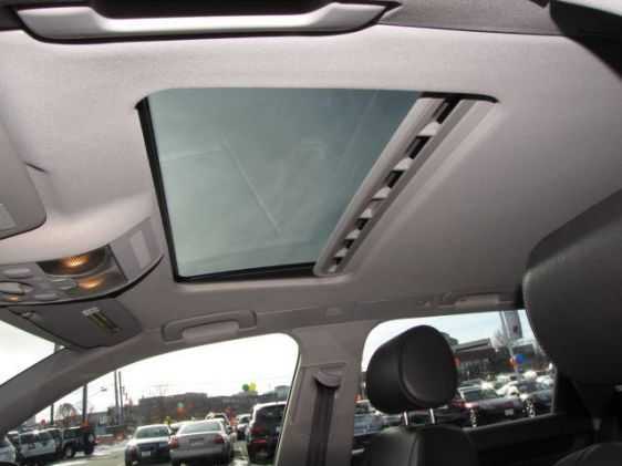 Click image for larger version  Name:2005 A4 sunroof.jpg Views:111 Size:31.6 KB ID:34838