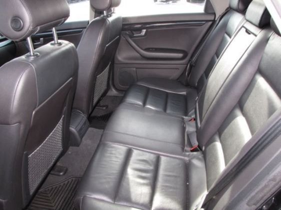 Click image for larger version  Name:2005 A4 wagon interior back seats.jpg Views:104 Size:35.3 KB ID:34837