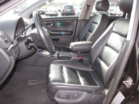 Click image for larger version  Name:2005 A4 wagon interior driver side 2.jpg Views:121 Size:40.0 KB ID:34839