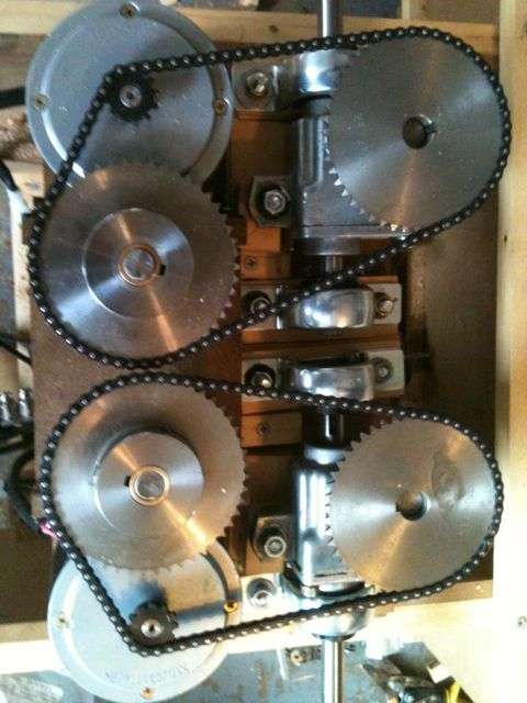 Click image for larger version  Name:2012_08_20_dual_motor_gearbox.jpg Views:141 Size:52.6 KB ID:79598