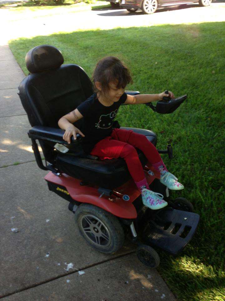 Click image for larger version  Name:2013_06_15_mobility_chair_2.jpg.jpg Views:97 Size:77.3 KB ID:79615