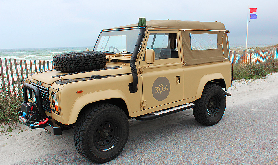 Click image for larger version  Name:30A-Land-Rover-Logo-960.jpg Views:96 Size:326.7 KB ID:73481