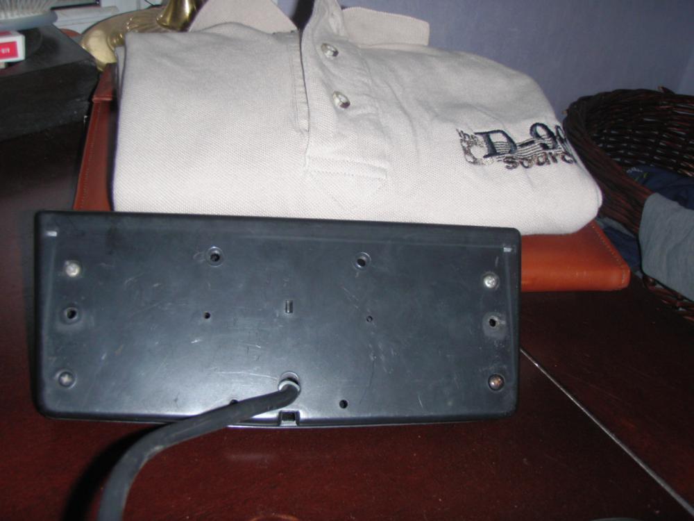 Click image for larger version  Name:3rd brake light 003.jpg Views:74 Size:65.3 KB ID:82221