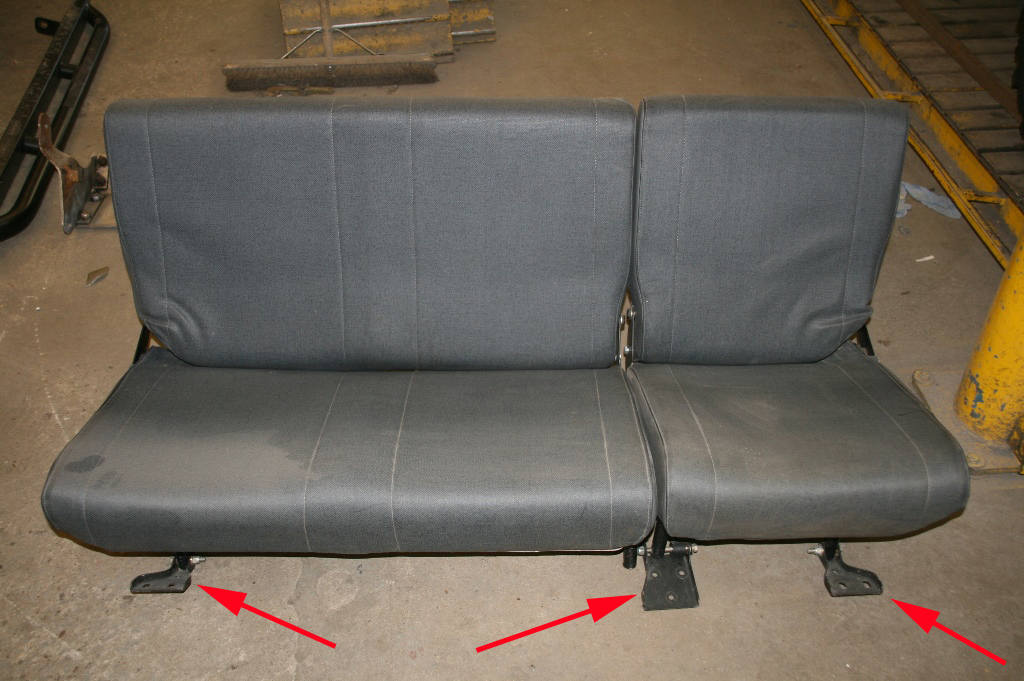 Click image for larger version  Name:60-40 second row seat brackets2.JPG Views:42 Size:487.4 KB ID:144618