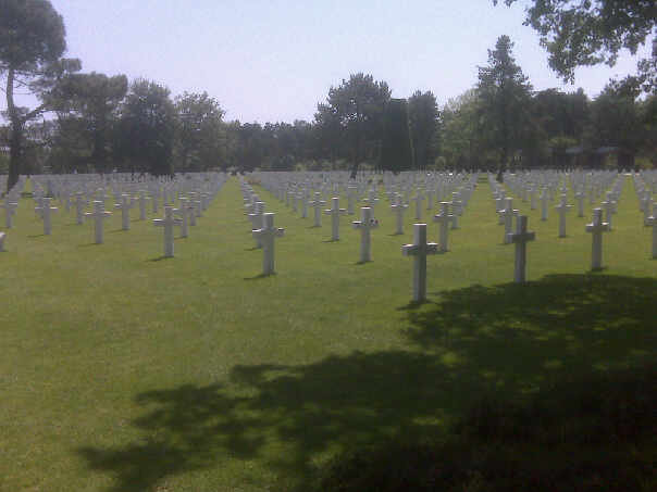Click image for larger version  Name:American graves Omaha 2009.jpg Views:117 Size:29.2 KB ID:39406