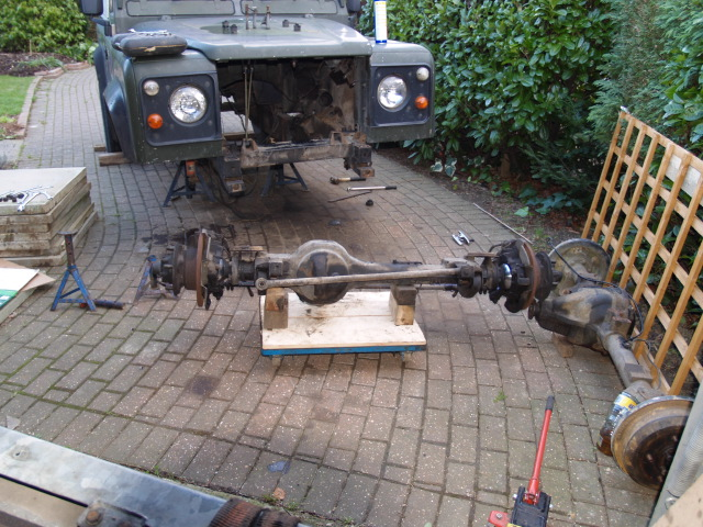 Click image for larger version  Name:Axle on trolly.JPG Views:233 Size:145.3 KB ID:7954