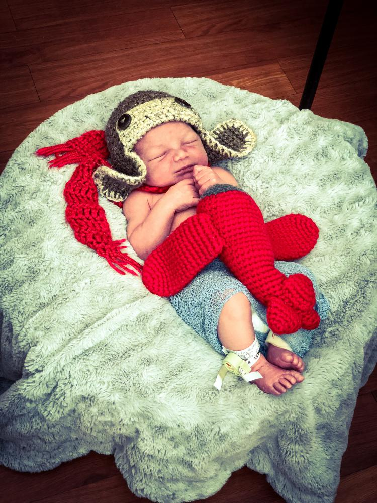 Click image for larger version  Name:baby.jpg Views:29 Size:147.2 KB ID:350057