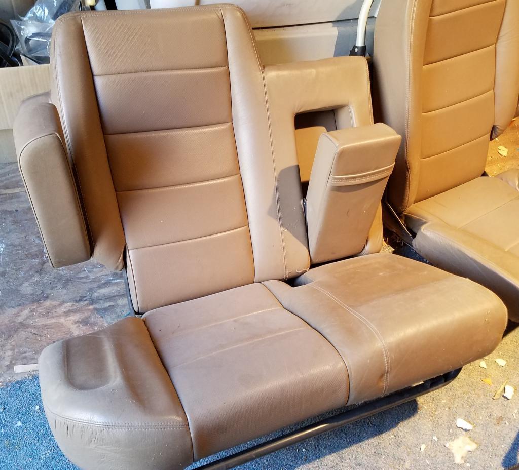 Click image for larger version  Name:backseat 2.jpg Views:22 Size:116.5 KB ID:164777