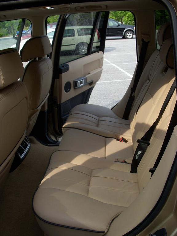 Click image for larger version  Name:Backseat.JPG Views:220 Size:55.7 KB ID:14984