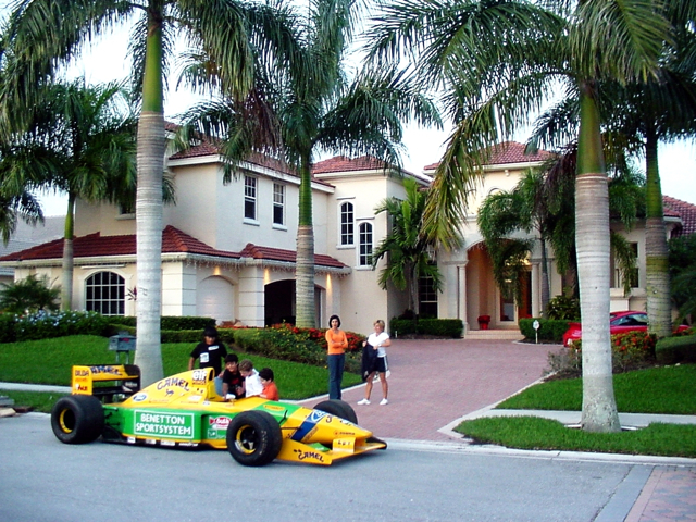 Click image for larger version  Name:Benetton F1 arrives_2.jpg Views:389 Size:492.8 KB ID:15223