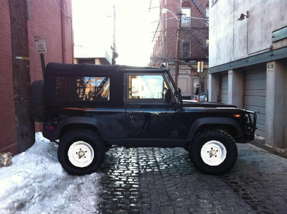 Click image for larger version  Name:Black 90 with White Steel Wheels and black 5 bar.jpg Views:46 Size:105.5 KB ID:50943