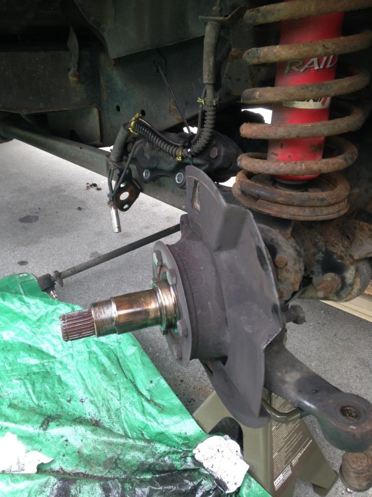 Click image for larger version  Name:brake pipe1.jpg Views:71 Size:103.4 KB ID:98136